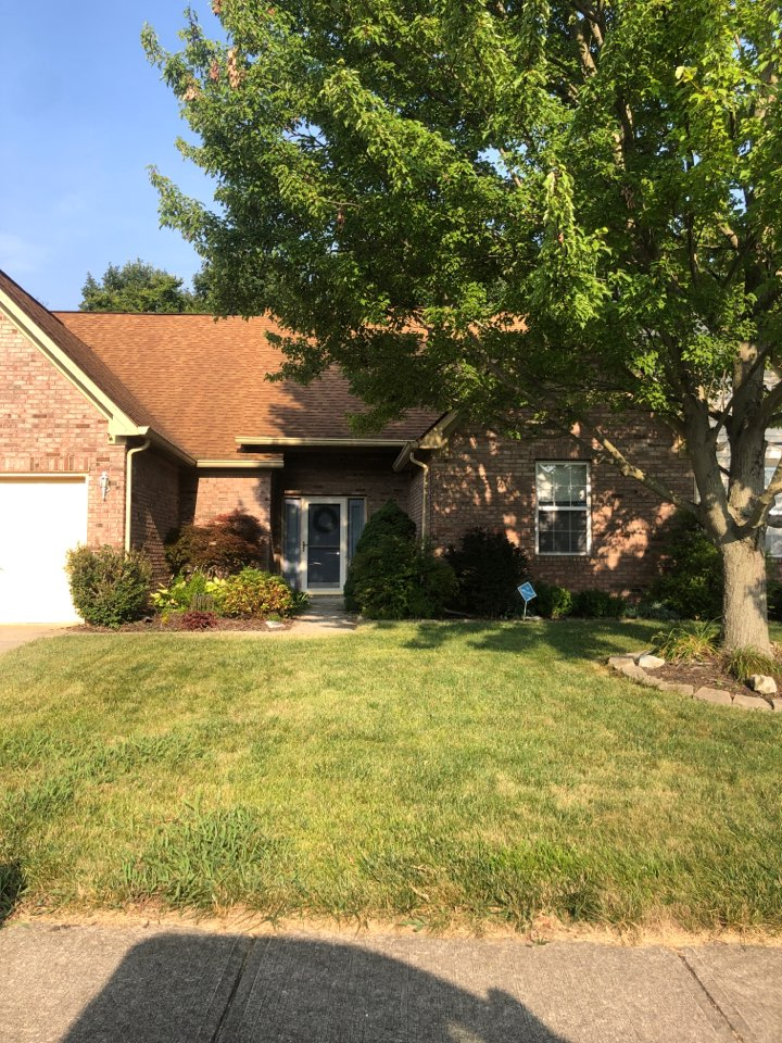 Indianapolis, IN - Roofing siding and windows and gutters and paint