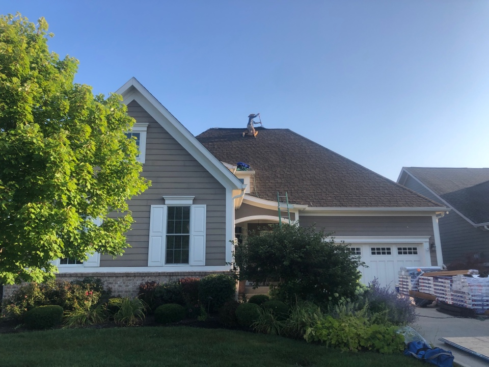 Zionsville, IN - Roofing siding and gutters and paint and windows