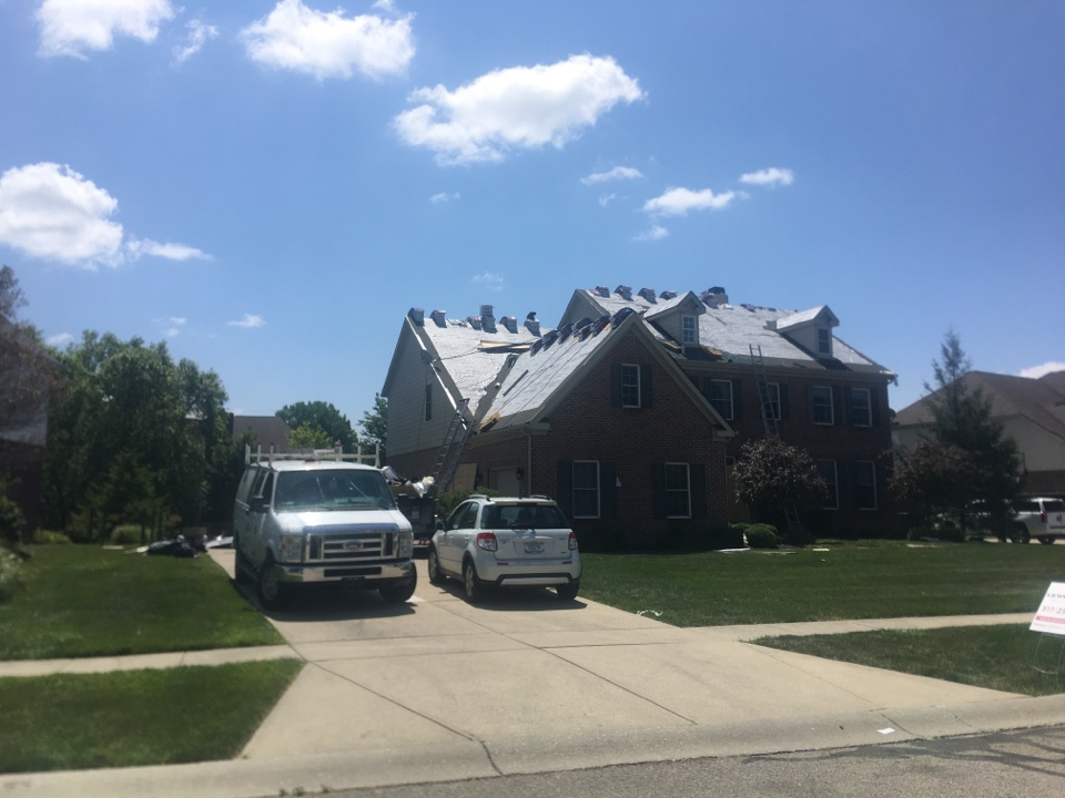 Zionsville, IN - Roof torn off starting to shingle