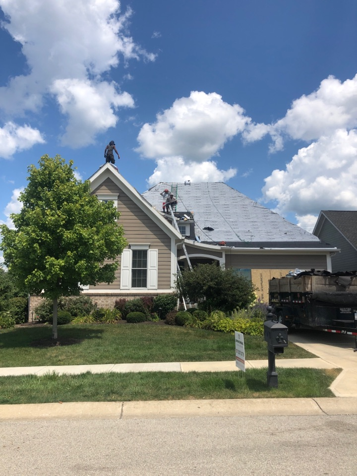 Zionsville, IN - Roofing siding and windows and gutters and windows and paint