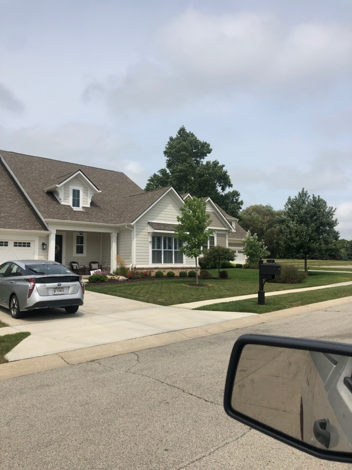 Zionsville, IN - Roofing siding and windows and paint and gutters