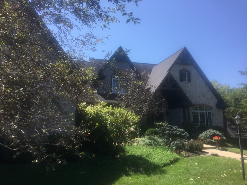 Zionsville, IN - Roof and gutter estimate