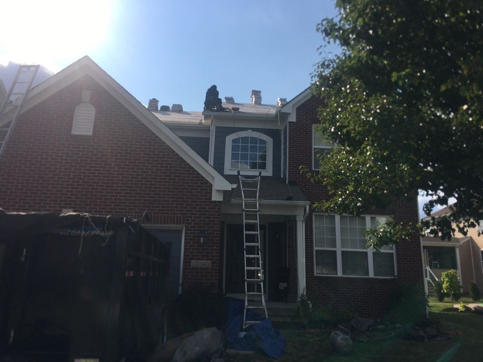Westfield, IN - Roof install going
