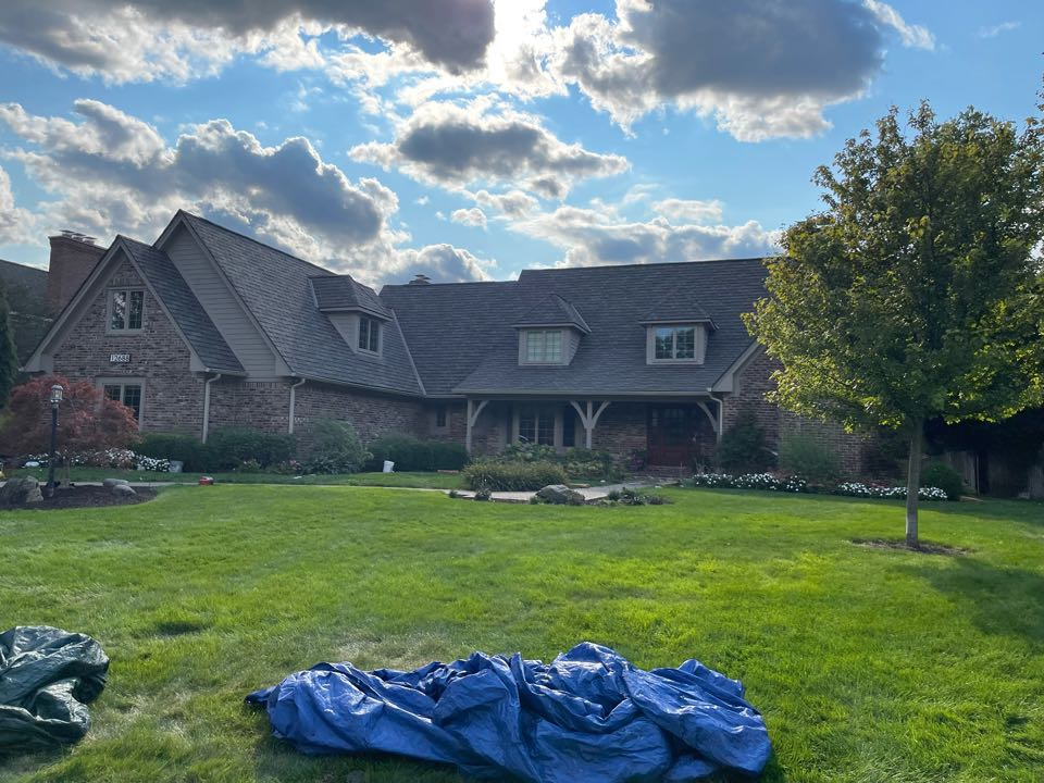 Carmel, IN - New roof being completed