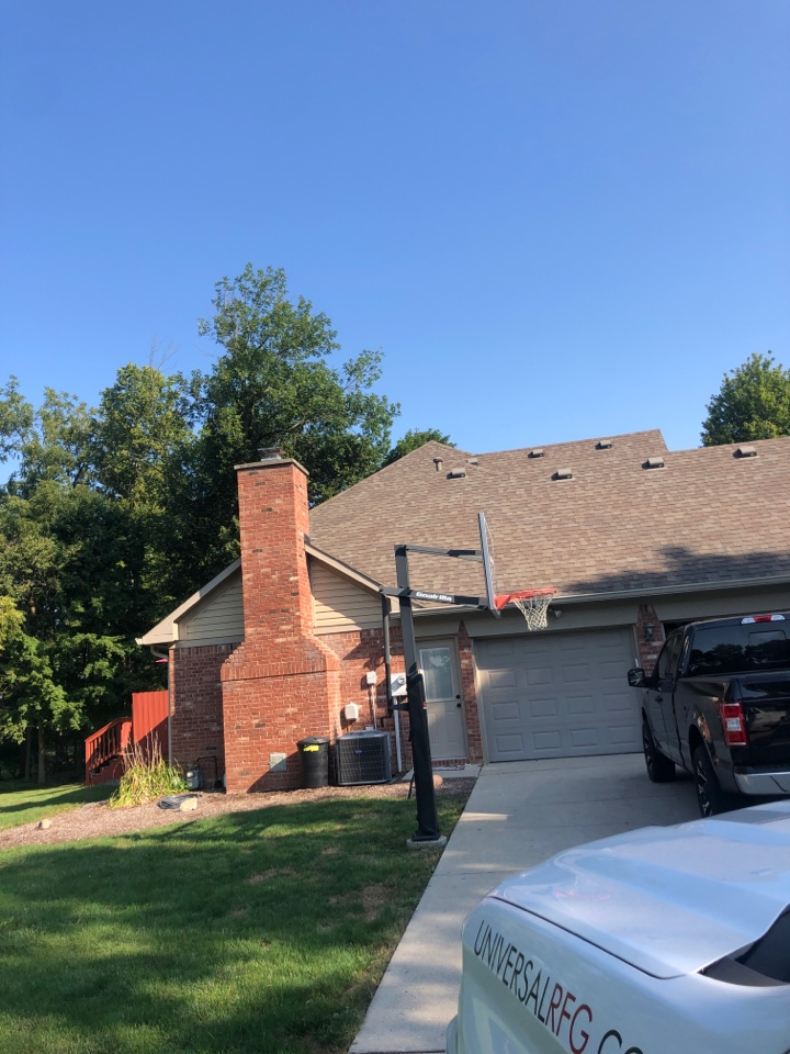 New Palestine, IN - Roofing siding and windows and gutters and paint