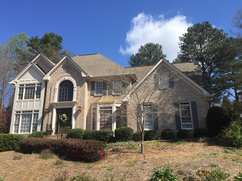 Johns Creek, GA - Looking at a roof in Alpharetta Georgia.  Current roof is 20 year 3 Tab and has reached its lifespan.  Customer want GAF Timberline Shingle with Golden Pledge Warranty.