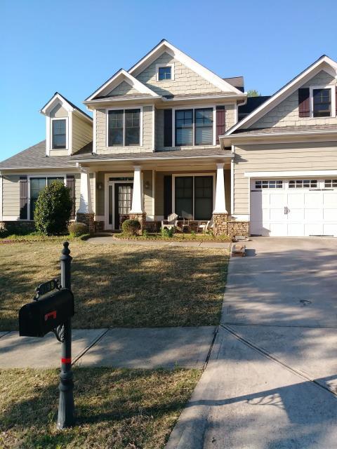 Suwanee, GA - Just finished a roof in Suwanee, GA. Repaired using CertainTeed Landmark Pro Shingles.