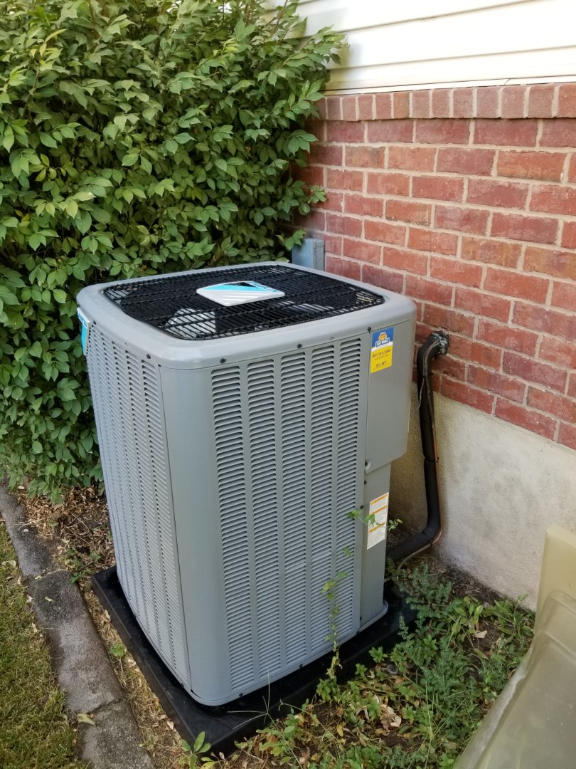 Kaysville, UT - Quality audit on a new daikin air conditioner