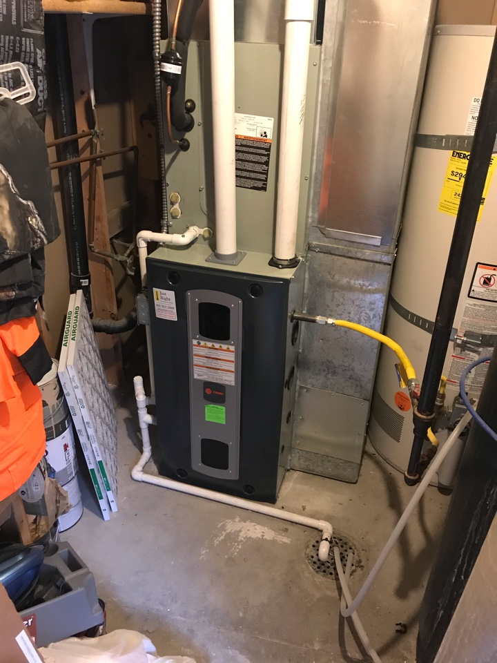 Riverton, UT - Tune up a Trane furnace with Honeywell thermostat.