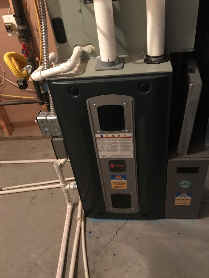 Riverton, UT - Tune up a Trane furnace with Honeywell thermostat