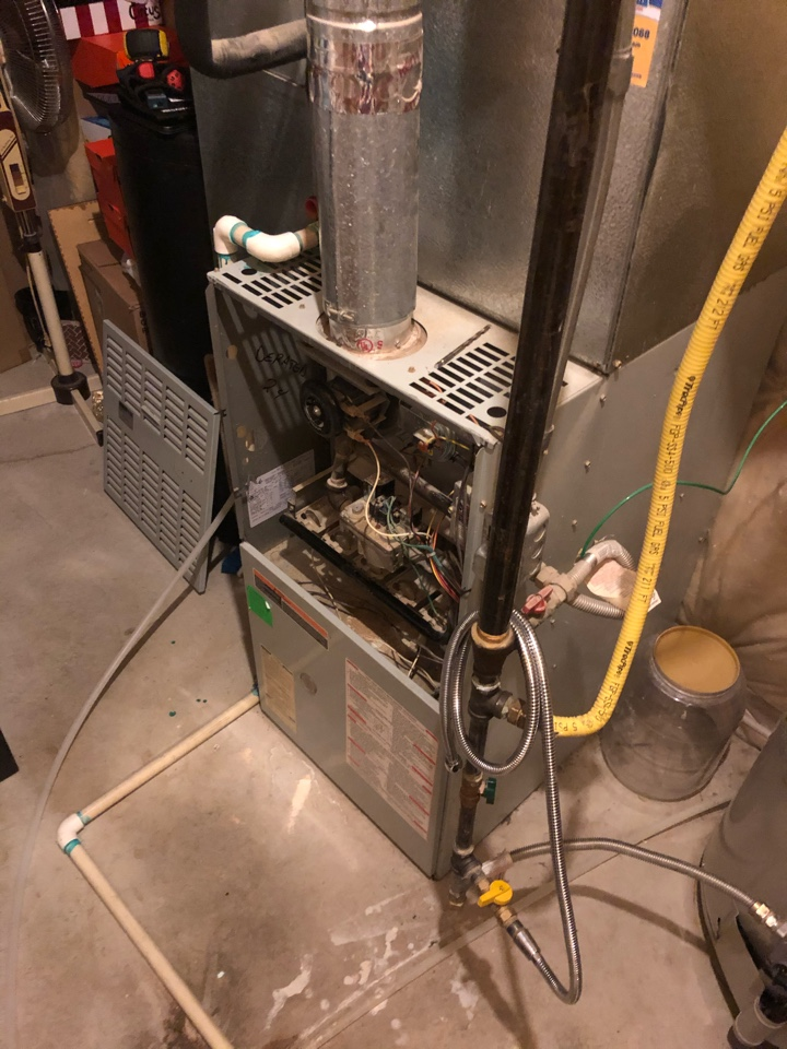 Layton, UT - Replacing this 22 year old furnace with new high efficiency furnace!
