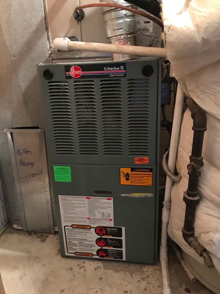 Taylorsville, UT - Tune up a Rheem furnace.