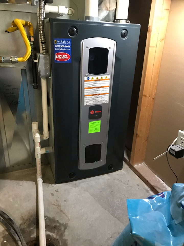 Herriman, UT - Tune up a Trane furnace with Honeywell thermostat.