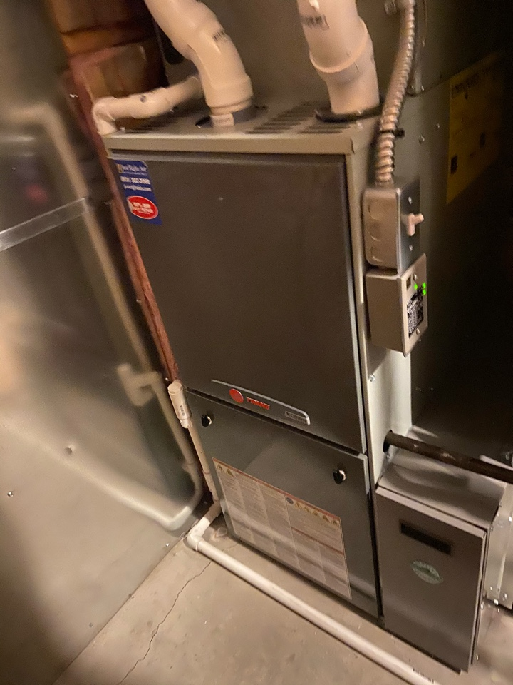 Taylorsville, UT - Tune up a Trane furnace with a Nexia thermostat.