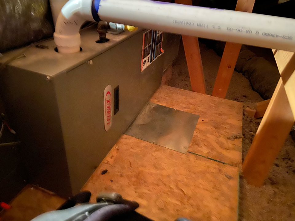 South Jordan, UT - Tune up two Lennox furnaces with Honeywell thermostats