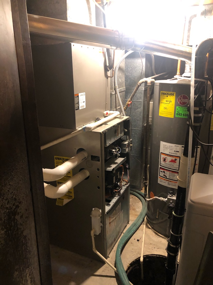Draper, UT - Sold a new high efficient 2 stage variable speed Trane S9V2 furnace to replace and old carrier furnace that was oversized and the inducer motor had gone out on
