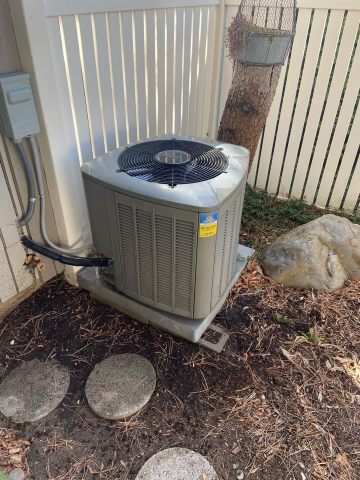 Murray, UT - Tune up a Lennox ac with a Honeywell thermostat