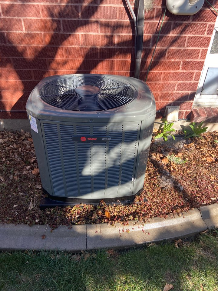 Murray, UT - Tune up a Trane ac with a Honeywell thermostat