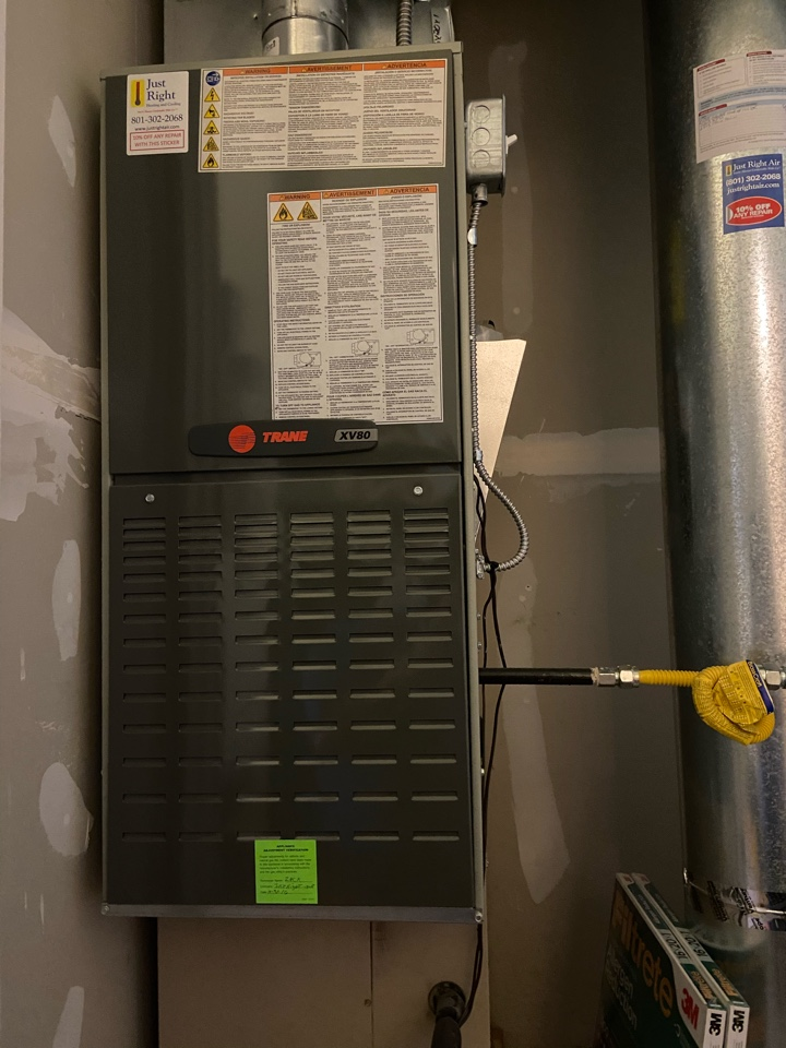 Murray, UT - Tune up a Trane furnace with a Trane thermostat