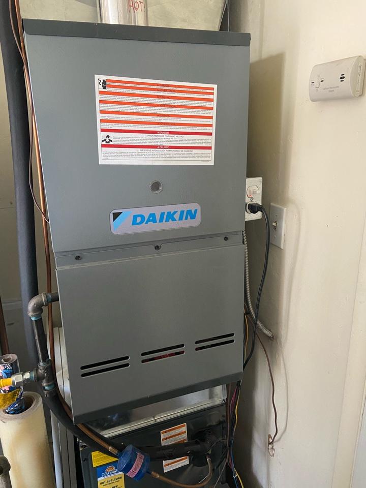South Salt Lake, UT - Repair broken Daikin furnace.