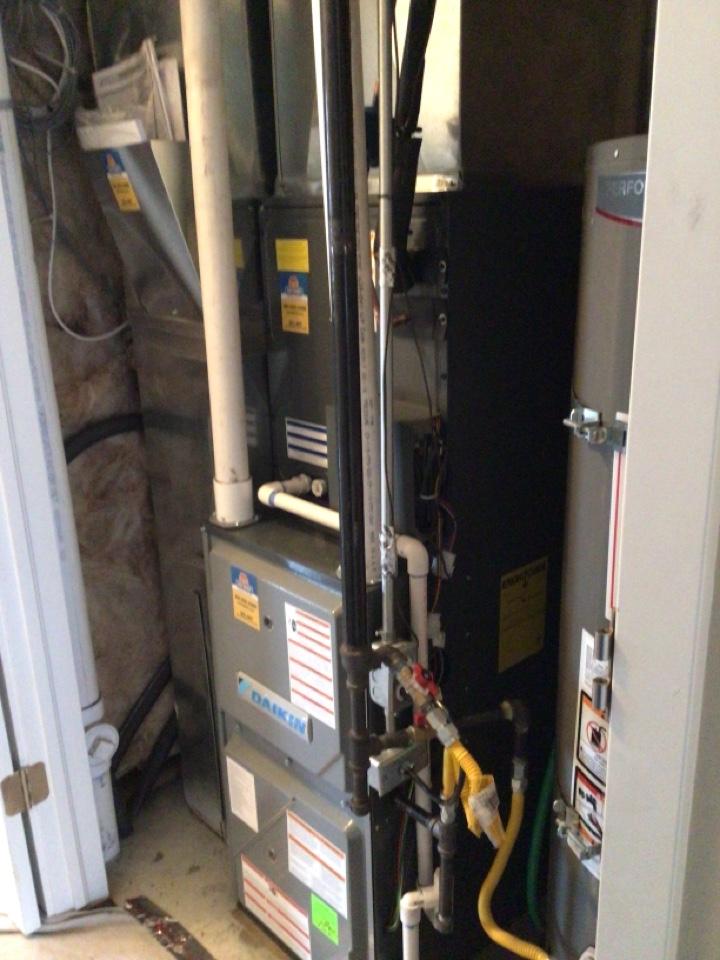 North Salt Lake, UT - Install new Daikin DX 17 ACs