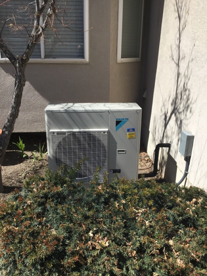 Cottonwood Heights, UT - Install new daikin air conditioner