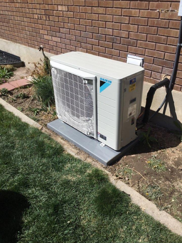 Cottonwood Heights, UT - Install new daikin heat pump