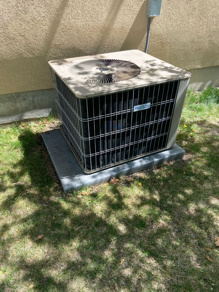 Taylorsville, UT - Tune up a Armstrong ac with a Honeywell thermostat.