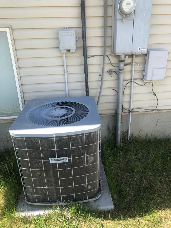 Roy, UT - Replacing an old in efficient furnace and air conditioner with a new high-efficiency hybrid system