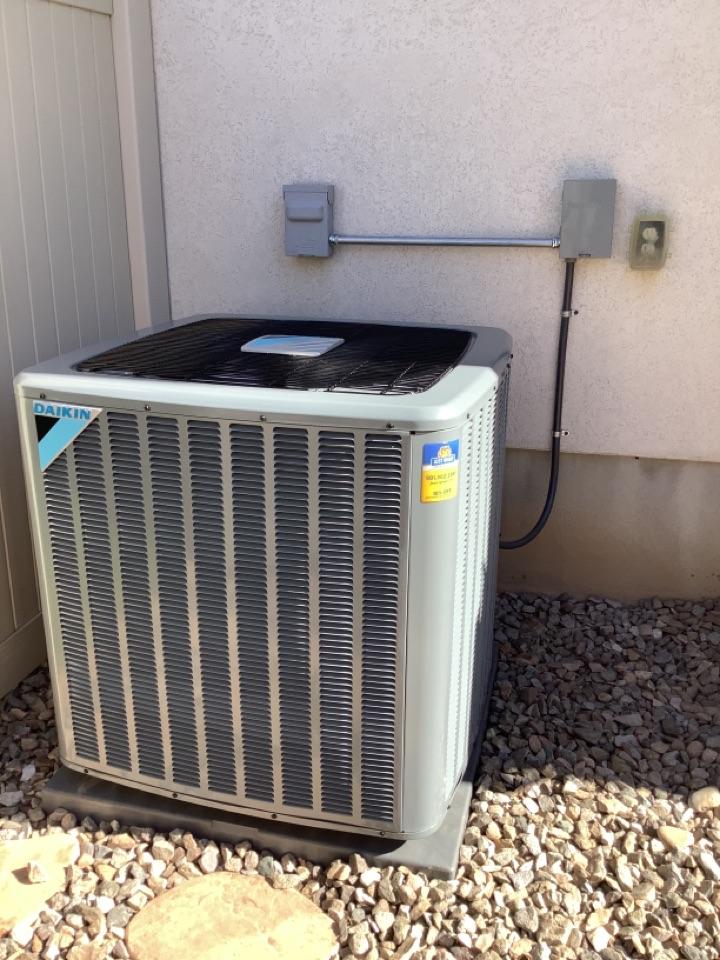 Kaysville, UT - Install new daikin x13 air conditioner