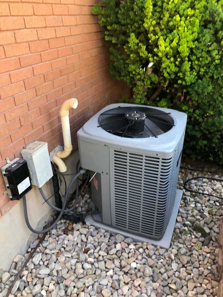 West Valley City, UT - Giving an estimate to install central air and possibly replace the furnace.