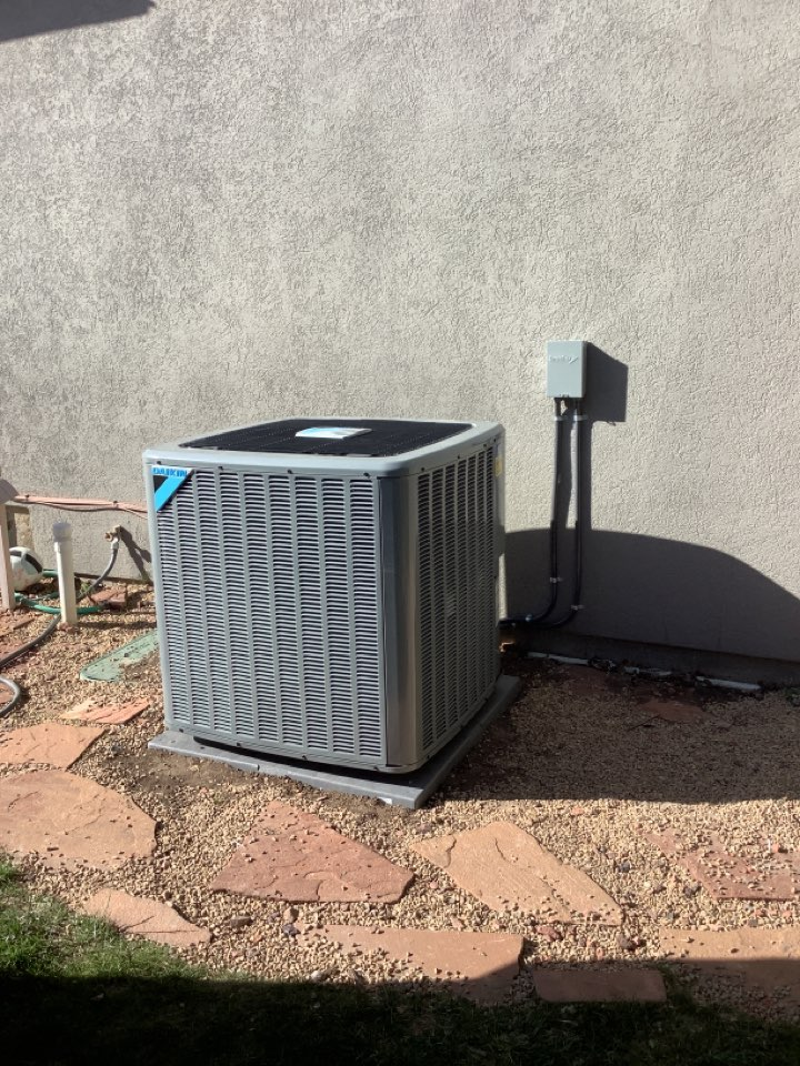 Park City, UT - Installed a daikin central air conditioning system
