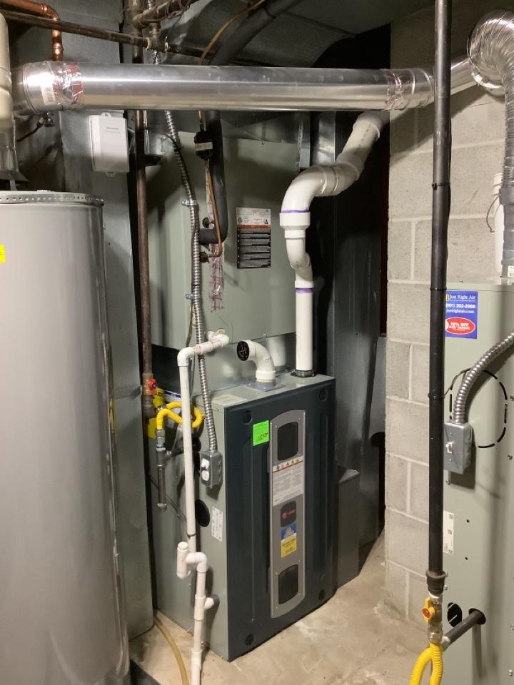 Farmington, UT - Installed a trane S9V 96% efficiency furnace