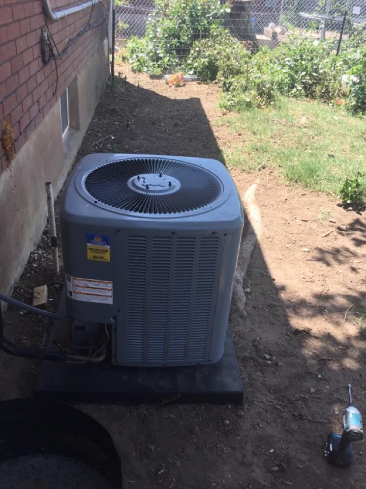 Washington Terrace, UT - Installed new daikin capacitor on daikin central air conditioning