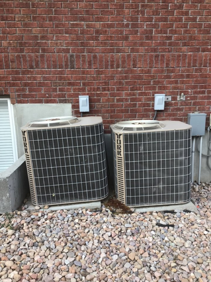 Draper, UT - Installing two new Dakin fit furnace and air conditioner