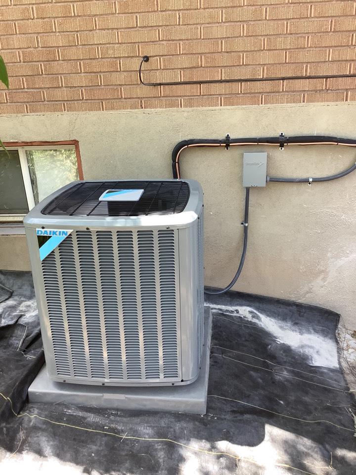 Salt Lake City, UT - Install new daikin air conditioning system