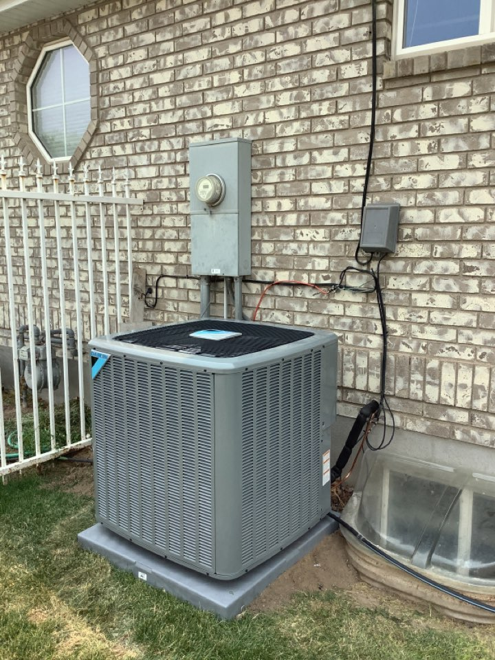 Riverton, UT - Installed a new daikin central air conditioning system