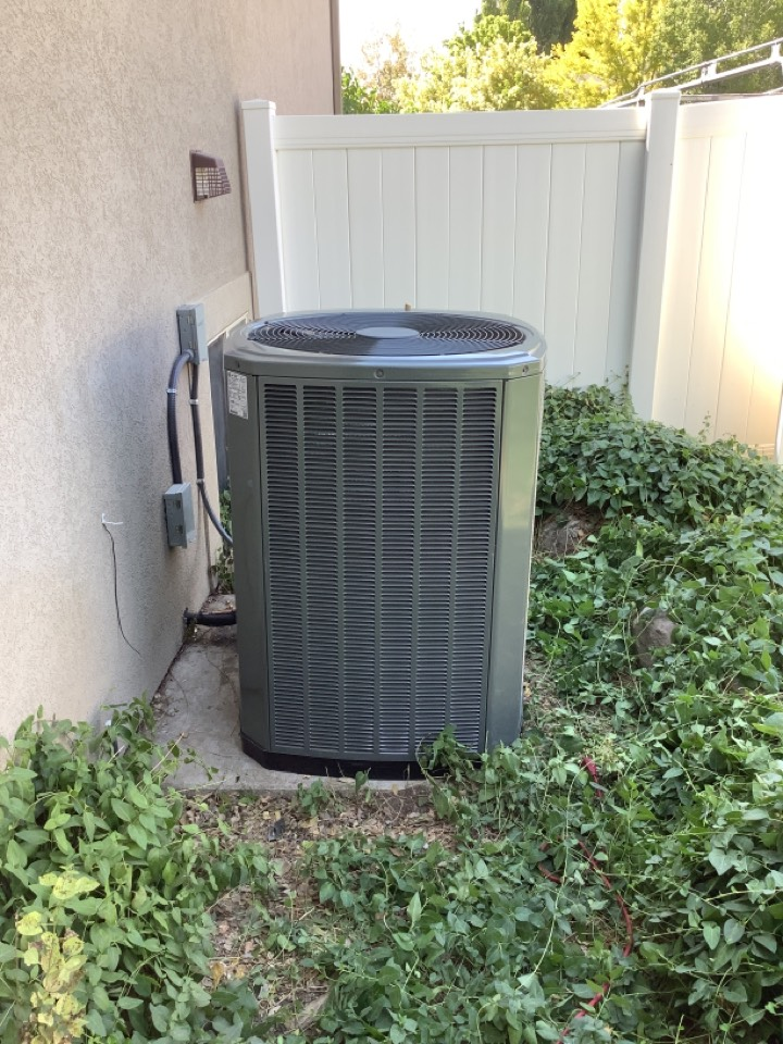 Syracuse, UT - Ac coil change out