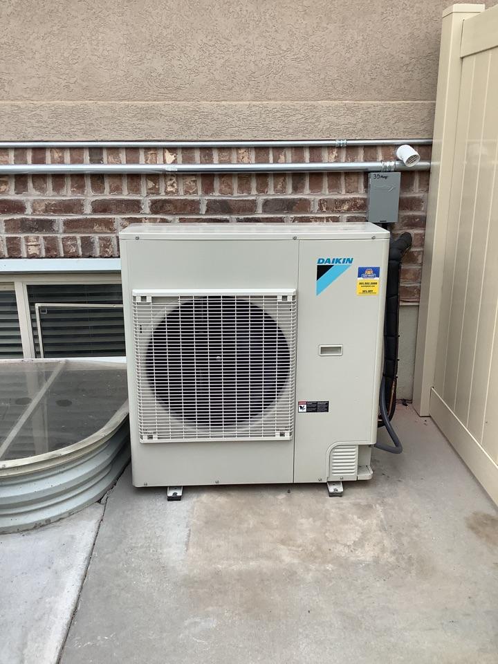 Farmington, UT - Install new daikin fit air conditioner