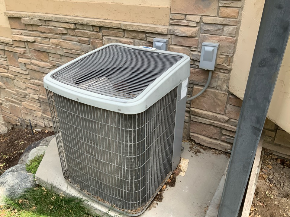 Sandy, UT - Free estimate for air conditioning system replacement