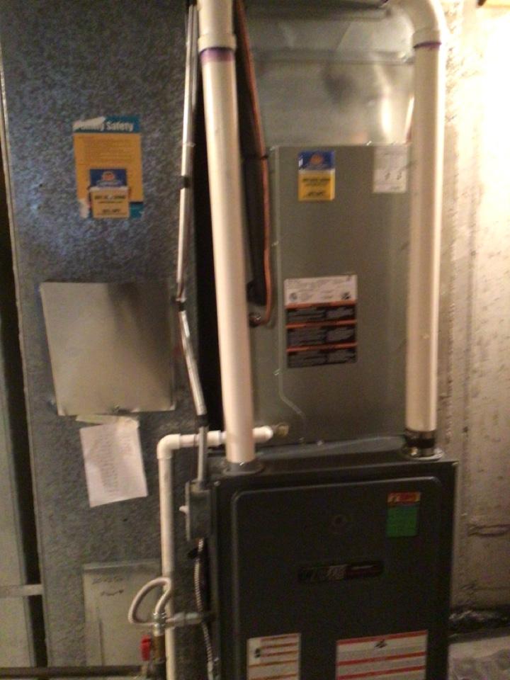 Centerville, UT - Install new daikon AC