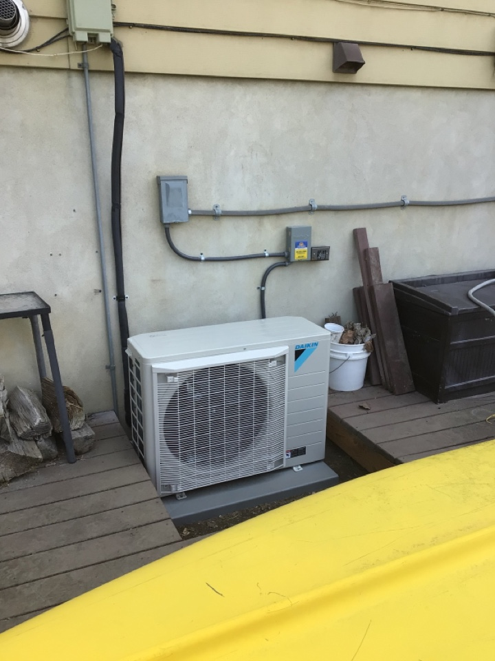 West Bountiful, UT - Install new day can fit system
