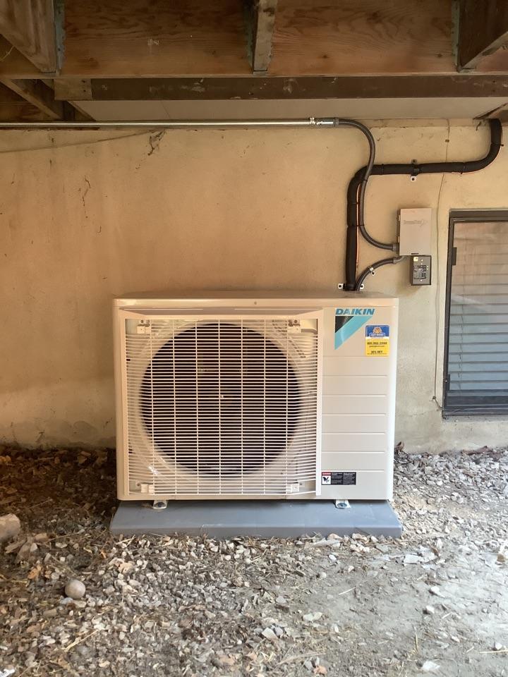 Roy, UT - Installing new daikin heat pump