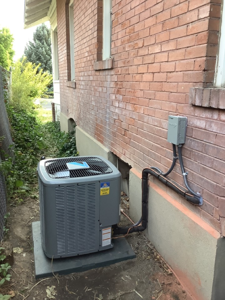 South Salt Lake, UT - Installed a new daikin central air conditioning system