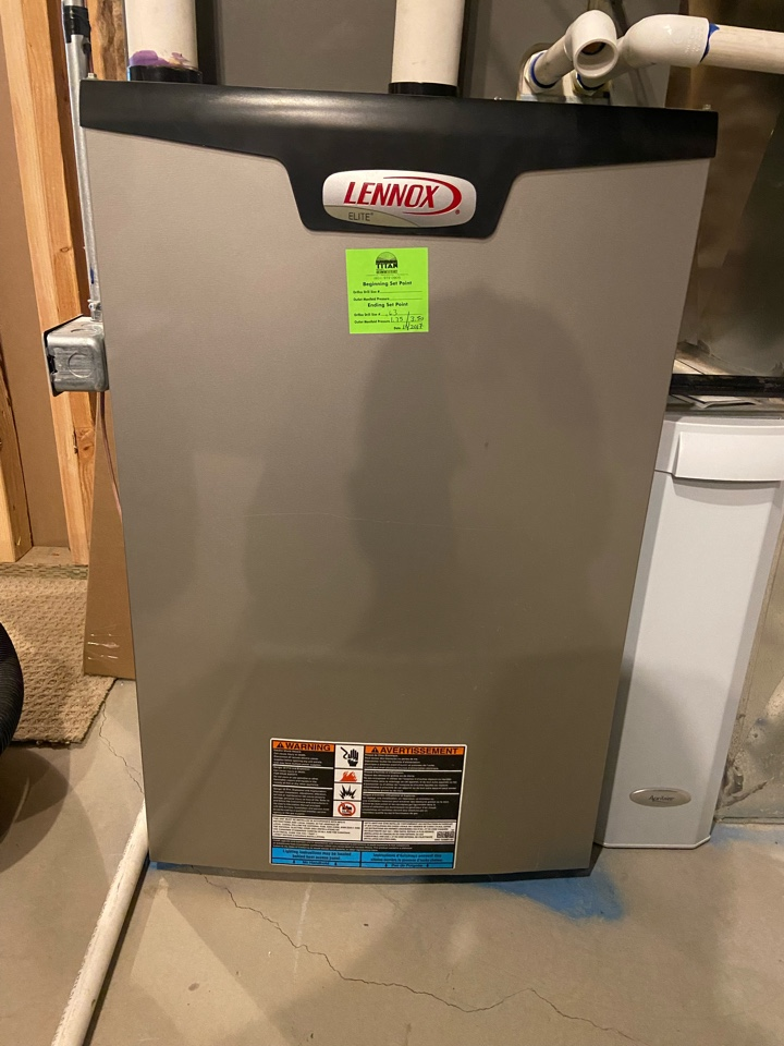West Jordan, UT - Tune up a Lennox furnace with a Honeywell thermostat.