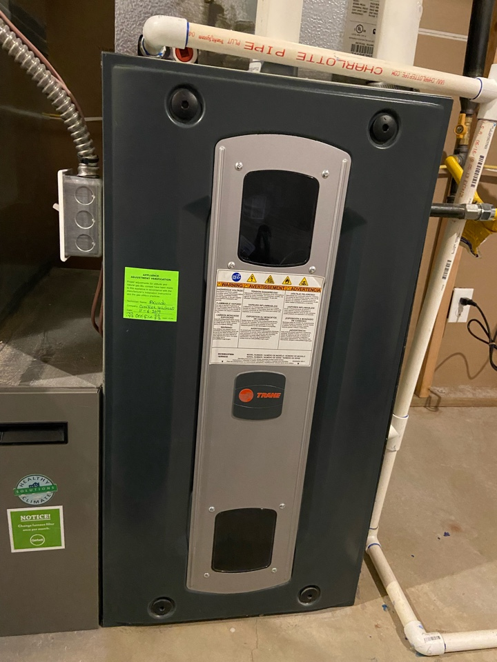 South Salt Lake, UT - Tune up a Trane furnace with a Trane thermostat.