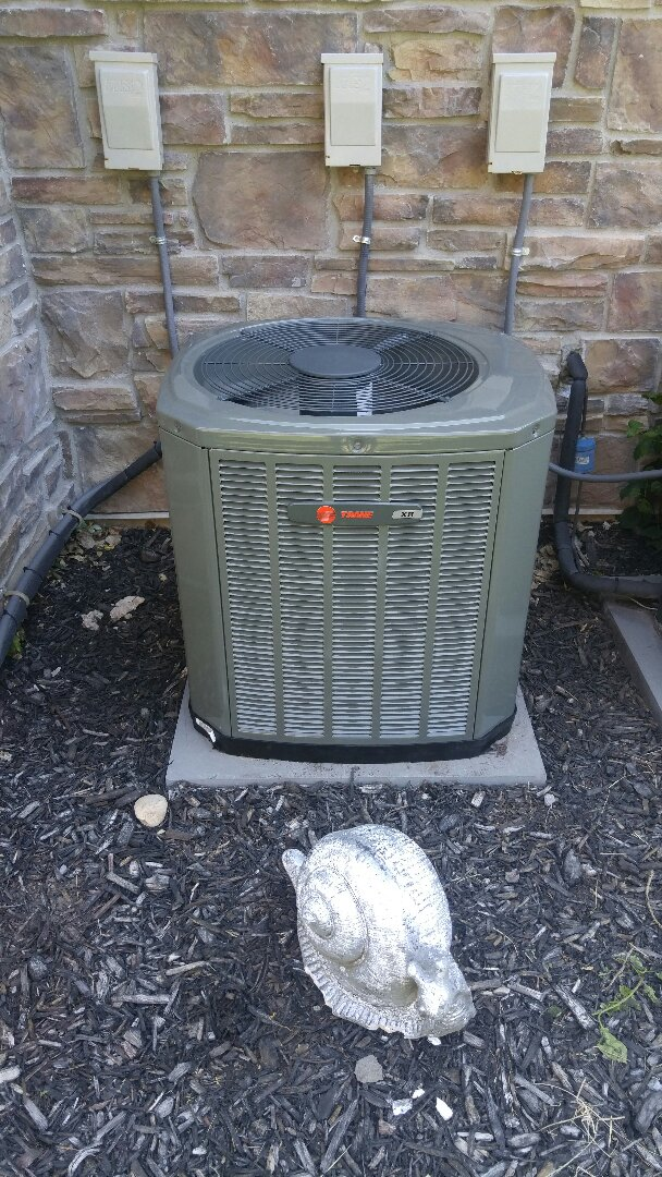 Layton, UT - Replace trane air conditioner with new Trane xr13 air conditioner