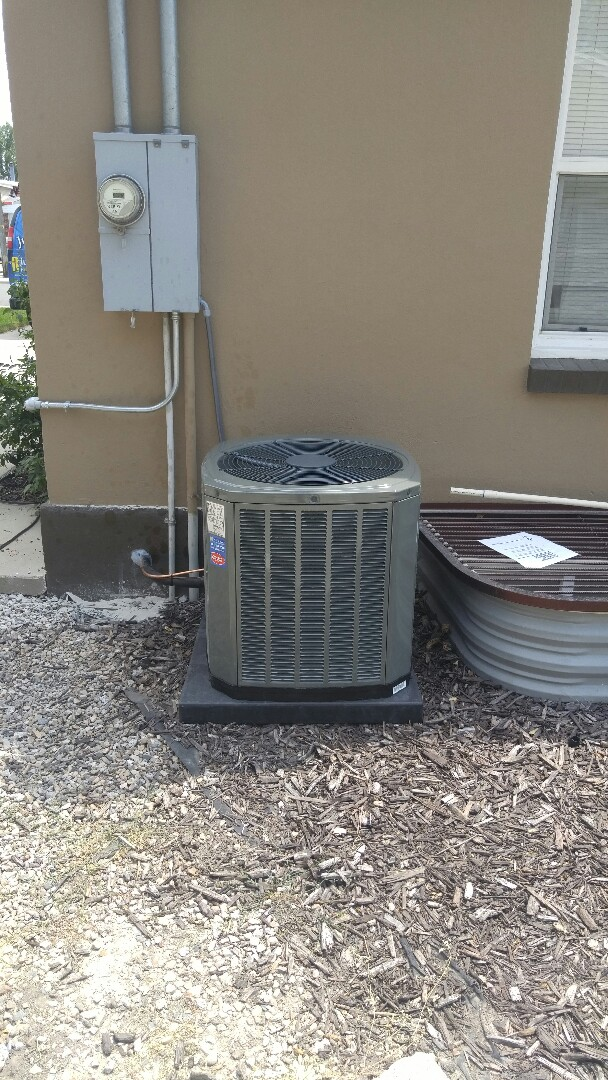 Midvale, UT - Replace Payne furnace and AC with new Trane xv95 furnace and xr16 AC