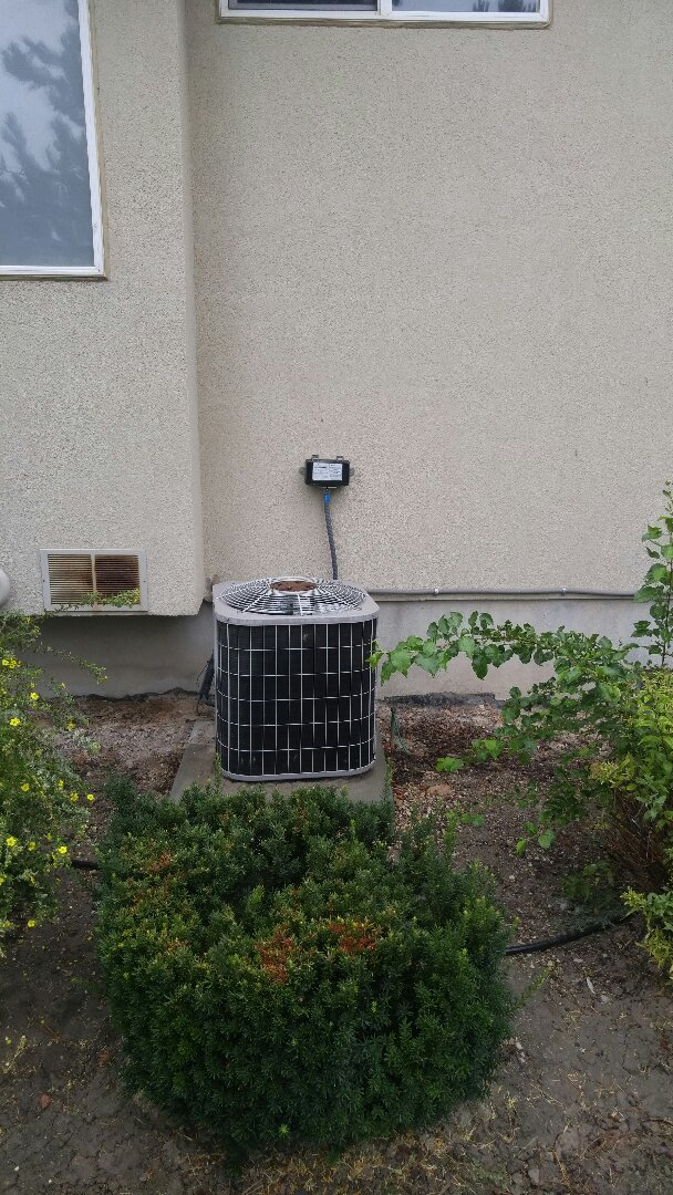 Draper, UT - Replace Carrier AC and coil with new Trane xl18i