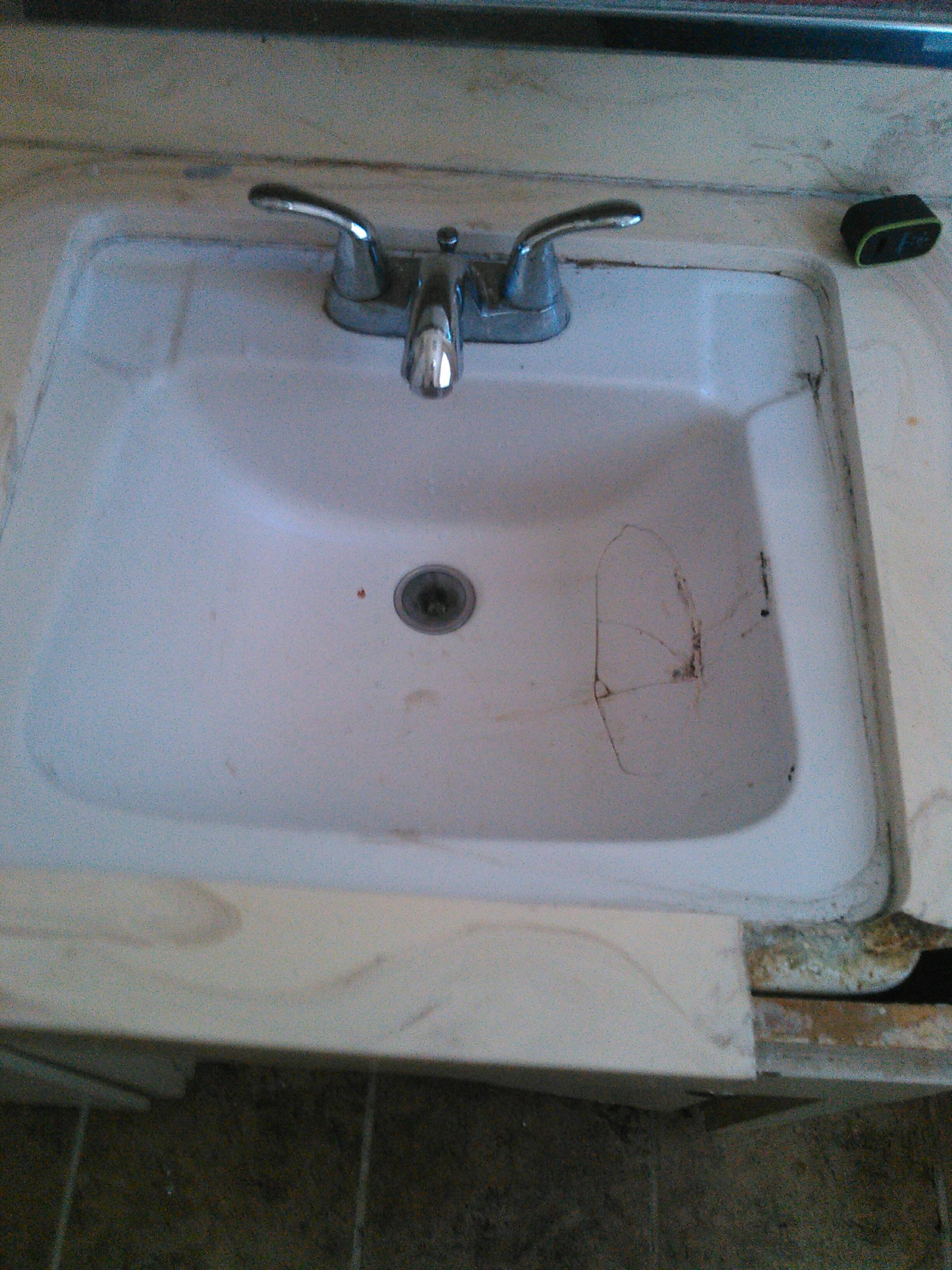 Claremont, CA - Lav sink stoppage